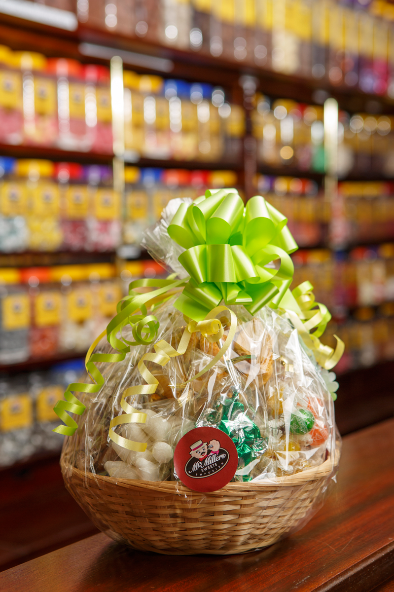 View our sweet baskets ...